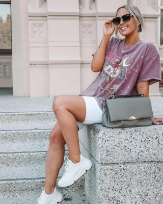 You can find me wearing biker shorts, graphic t's and now these @eccoshoes chunky sneakers 👟 allll the time! 🤍🕊 I've been searching for the perfect sneaker to pair with my favorite casual look- and these are it! 🙌🏻 so comfortable like all my favorite ecco shoes but with a fun / trendy twist! 💃🏼💃🏼 linked on stories! #eccoshoes #eccopartner #casualstyle #chunkysneakers