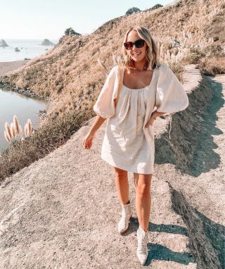 Pretty much the pampas field of my DREAMS 💫🙌🏻 swipe for up close of all the beauties 🥰 I probably should have brought some home with me but we already have too much in our house 🤣 @revolve http://liketk.it/2ZoLF #liketkit @liketoknow.it #revolveme #jenner #fallstyle