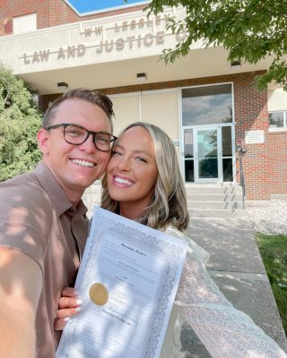 We're getting married in 30 days!!!!! 😍👰🏼♀️💖💍 & today we got our marriage license 🥰 @dyl.jp #weddingcountdown
