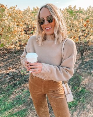 happy almost Halloween 🎃🍁🍁🍁 are you a Halloween person? I'm 100% a fall gal but not much of a dresser upper 🙃 I am dressing up as something very easy to throw together tomorrow!! are you guys dressing up? outfit is @petalandpup and you can use code TAYLORLOVE for 20% off sweater & corduroys!! 🍁#fallstyle #vineyards #neutralstyle