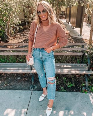 Fall in California means 80 degrees but trying to wear those cute sweaters we love so much + sweating our lives away 😬🙋🏼‍♀️ hoping for some real fall weather here in the next couple weeks 😉 I love the neckline on this sweater from @revolve 🍁🍁🍁 http://liketk.it/2ZafT #liketkit @liketoknow.it also these mom jeans are buy one get one 50% off today and are a latest favorite pair! #revolveme #fallstyle